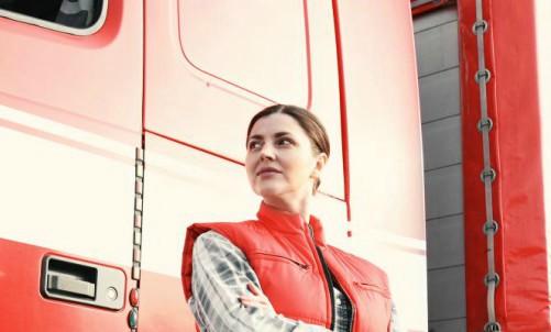Rusia levanta la prohibición y las mujeres podrán ser conductoras profesionales en 2021