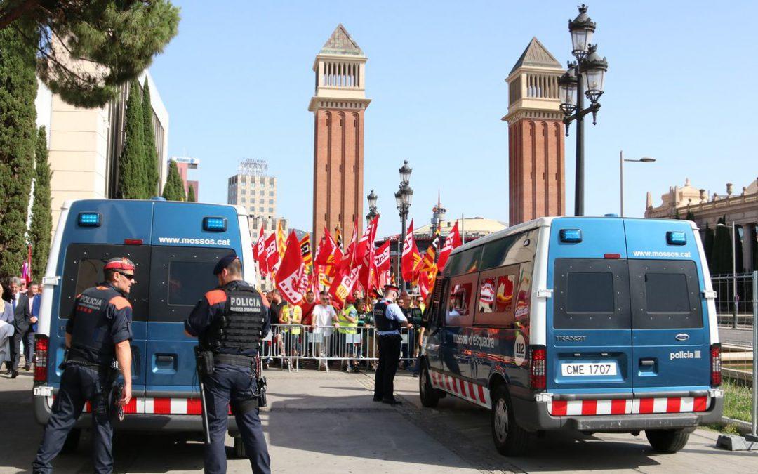 Los sindicatos convocan una huelga en el sector del transporte de mercancías y logística en Barcelona
