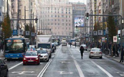CETM-Madrid muestra su repulsa ante las nuevas restricciones de vehículos pesados en la Gran Vía