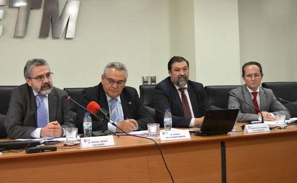 Primera sentencia contra el cártel de camiones que estima íntegramente la demanda y valida el informe pericial