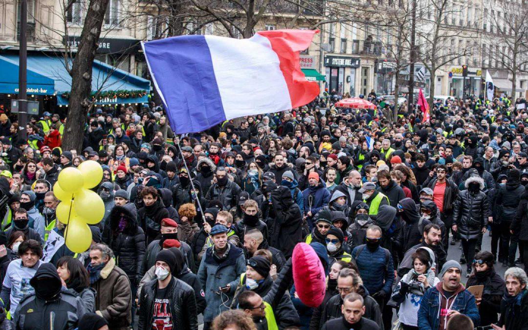 Los sindicatos convocan huelga general en Francia los días 9, 10 y 11 de enero