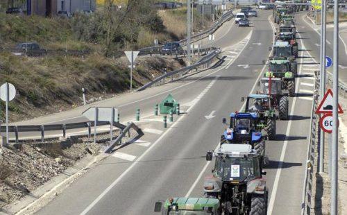Cortes este jueves en las principales carreteras de Jaén en defensa del olivar