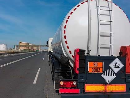 Restricciones de circulación en la AP-8 a su paso por Zaldibar para vehículos de mercancías peligrosas