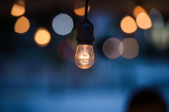 Cómo pueden pedir el bono social eléctrico los autónomos afectados por la crisis