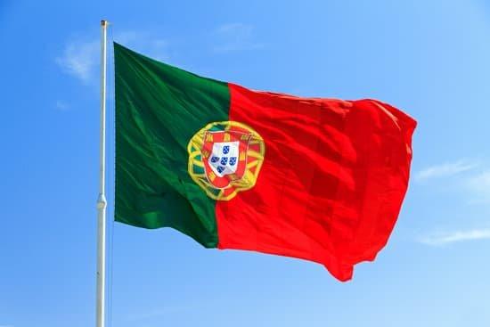 Los transportistas que viajen a Portugal deberán llevar el certificado de desplazamiento durante la Semana Santa