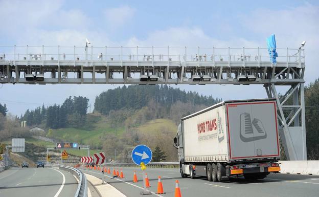 El TSJ del País Vasco anula de nuevo los peajes de la A-15 y la N-1 en Guipúzcoa