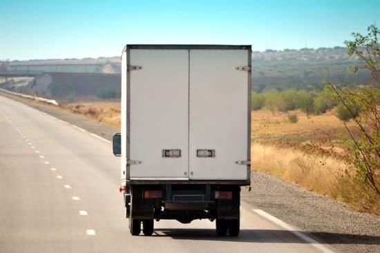 La CETM rechaza la ampliación de la capacidad de carga de los camiones que plantea el Plan de impulso de la automoción