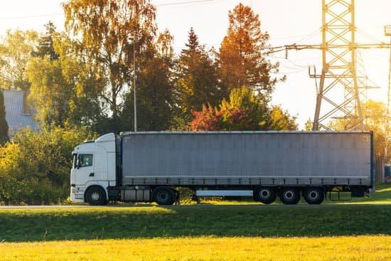 Restricciones a la circulación de vehículos pesados en Polonia debido a la celebración de un acto religioso