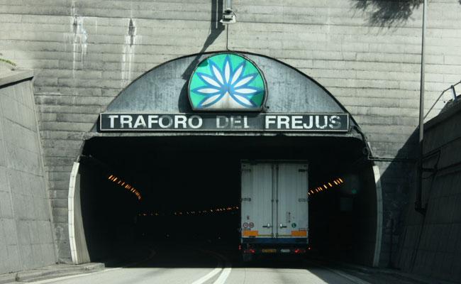 Se pospone la prohibición para los camiones Euro 3 y Euro 4 en el Túnel de Fréjus