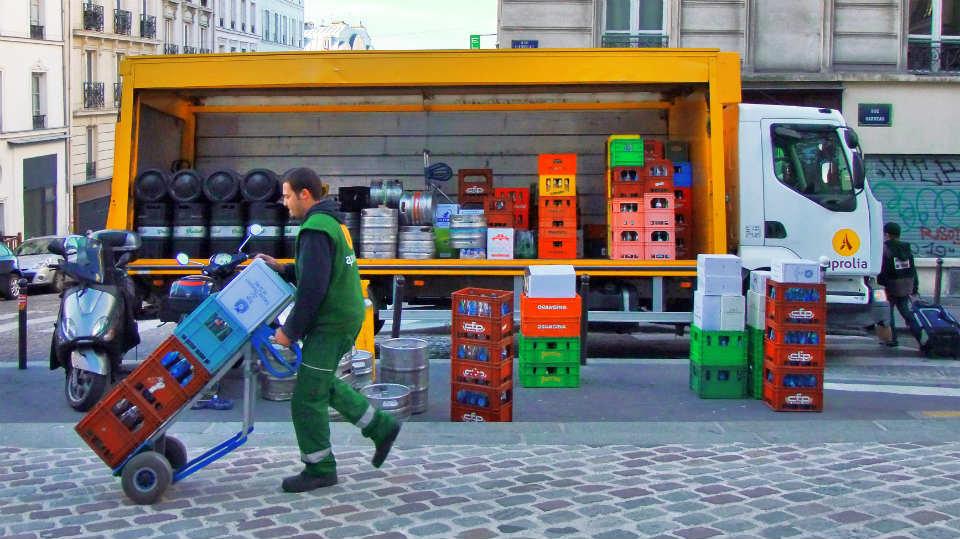 La CETM-Madrid reclama una nueva regulación del acceso de vehículos de transporte al Distrito Centro