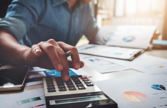 Desde ahora las moratorias del préstamo, leasing y renting de camiones estarán exentas del pago los aranceles notariales y del Registro de la Propiedad