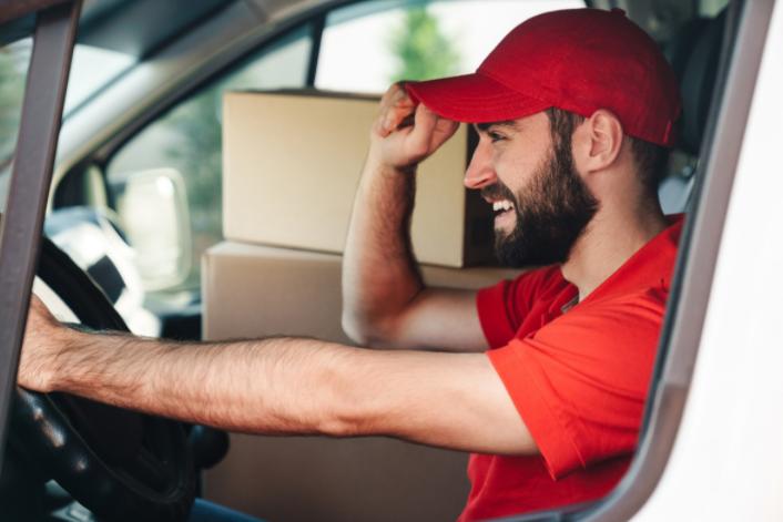 La DGT, a punto de modificar el Reglamento General de Conductores que permitirá sacarse el carné de camión a los 18 años