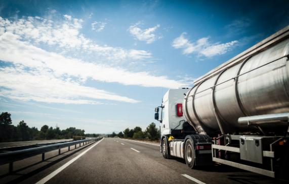 Restricciones de entrada en Manston y Sevington para los vehículos de mercancías peligrosas