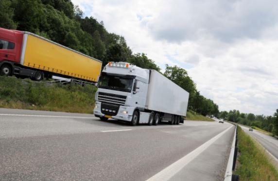 La DGT levanta las restricciones para facilitar el acceso a Francia