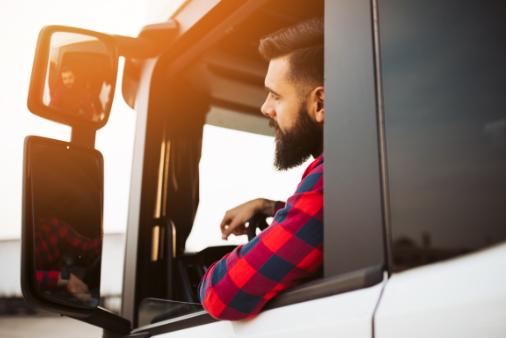 El transporte muestra su compromiso para mejorar las condiciones de los profesionales del sector mediante la 'Carta del conductor'