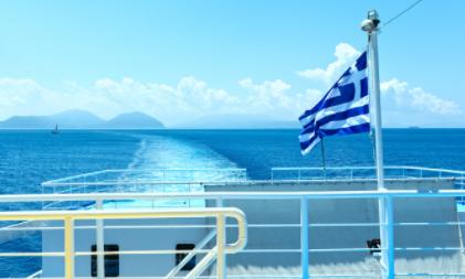 Grecia realizará pruebas rápidas a los conductores que realicen transporte de carga en las rutas de ferry Italia-Grecia