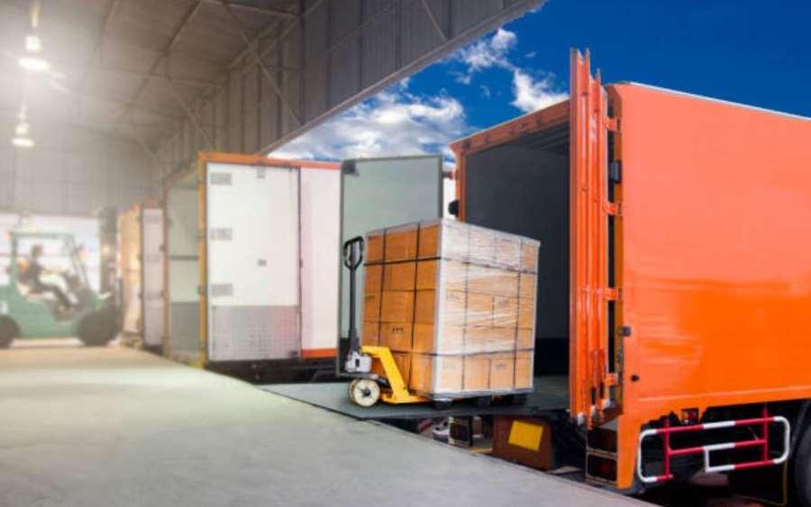 Portugal prohíbe a los conductores la carga y descarga de mercancías