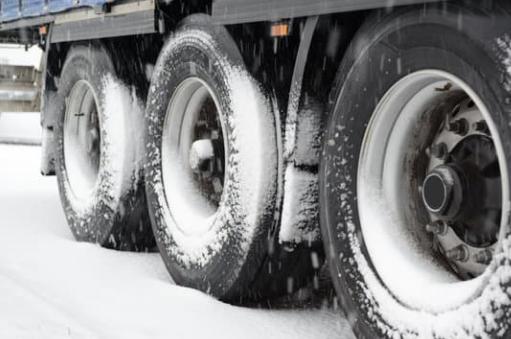 Nueva legislación del equipamiento de invierno en Francia